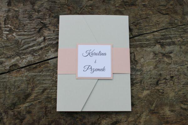 Wyjątkowe zaproszenia w formie folderu